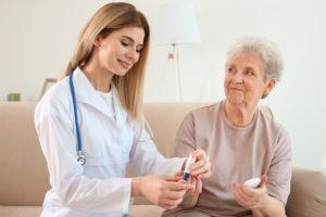 Догляд за літніми з цукровим діабетом